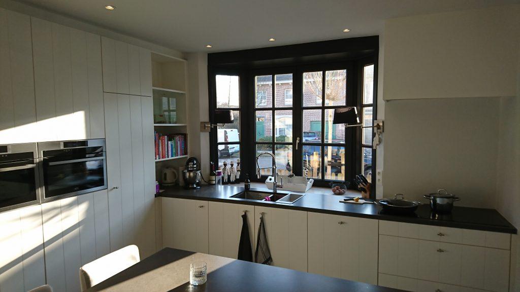 L-vormige keuken Interieurbouw Willekens